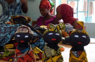 Muñecas africanas solidarias