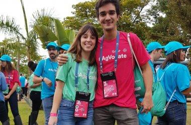 Dos jóvenes españoles participan en la cumbre mundial de Bayer - CompromisoRSE